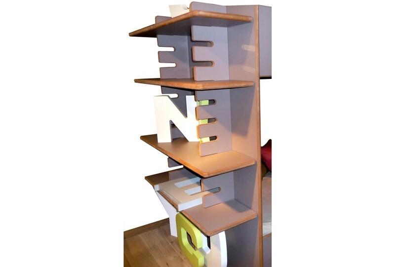 Lit mezzanine enfant avec etagere et bureau integre for Luminaire chambre enfant avec matelas paris 14
