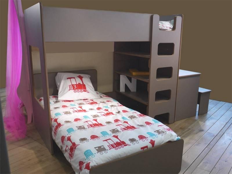 lit mezzanine enfant avec etagere et bureau int gr. Black Bedroom Furniture Sets. Home Design Ideas