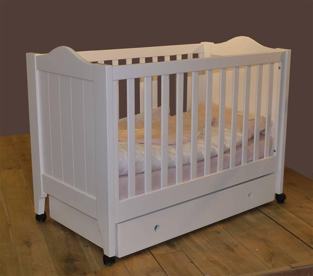 Lit à barreaux pour bébé en bois   lit noa