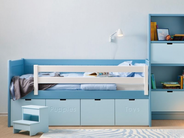 mobilier pour enfant une chambre enfant bleue design. Black Bedroom Furniture Sets. Home Design Ideas