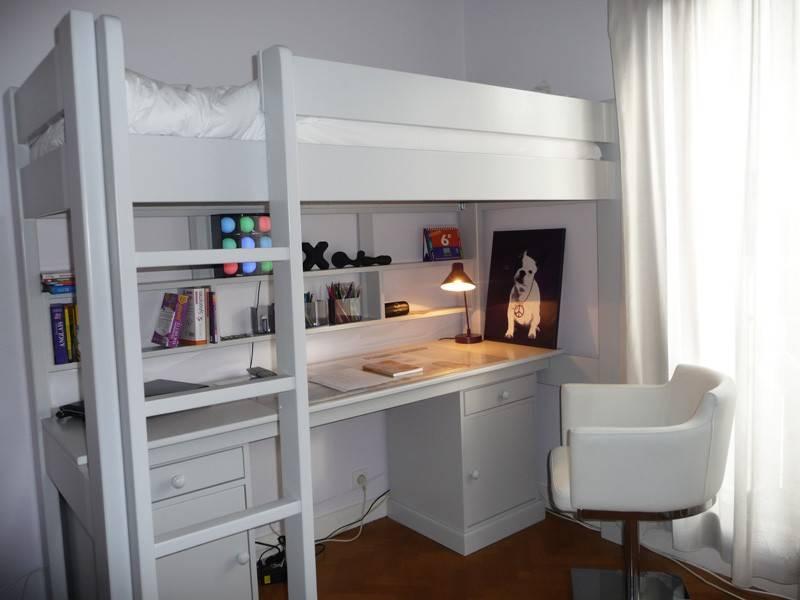 le lit combin blanc une petite formule magique anders paris. Black Bedroom Furniture Sets. Home Design Ideas