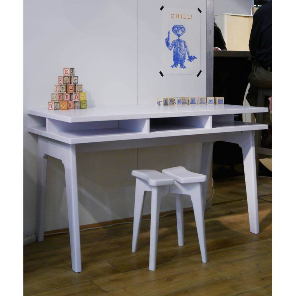 bureau pour enfant-city