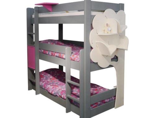 Le lit superposé 3 places, un meuble au design réfléchi et au confort optimisé