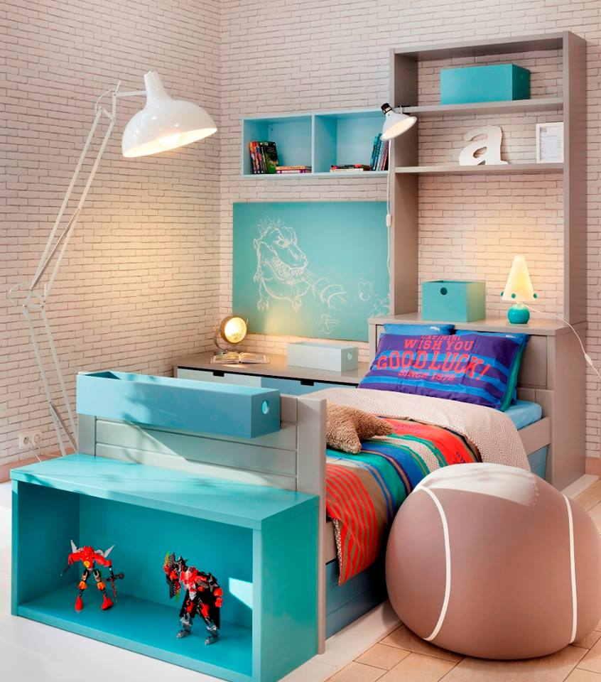 Chambre Junior composée d'un lit, d'une bibliothèque et de 2 coffres de rangement