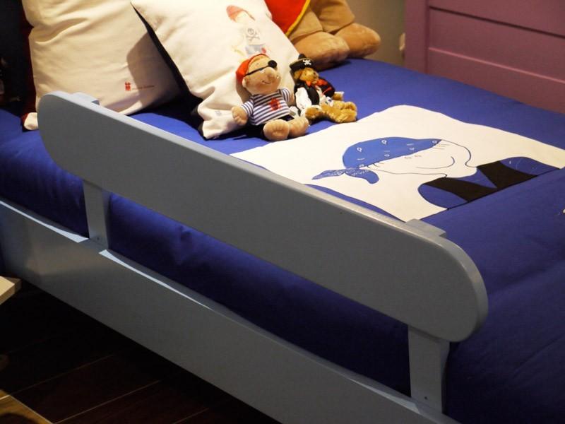 Rambarde de sécurité pour le lit du bas