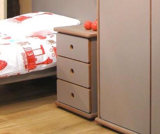 Chevet à 3 tiroirs, largeur 55 x profondeur 45 x hauteur 57 cm