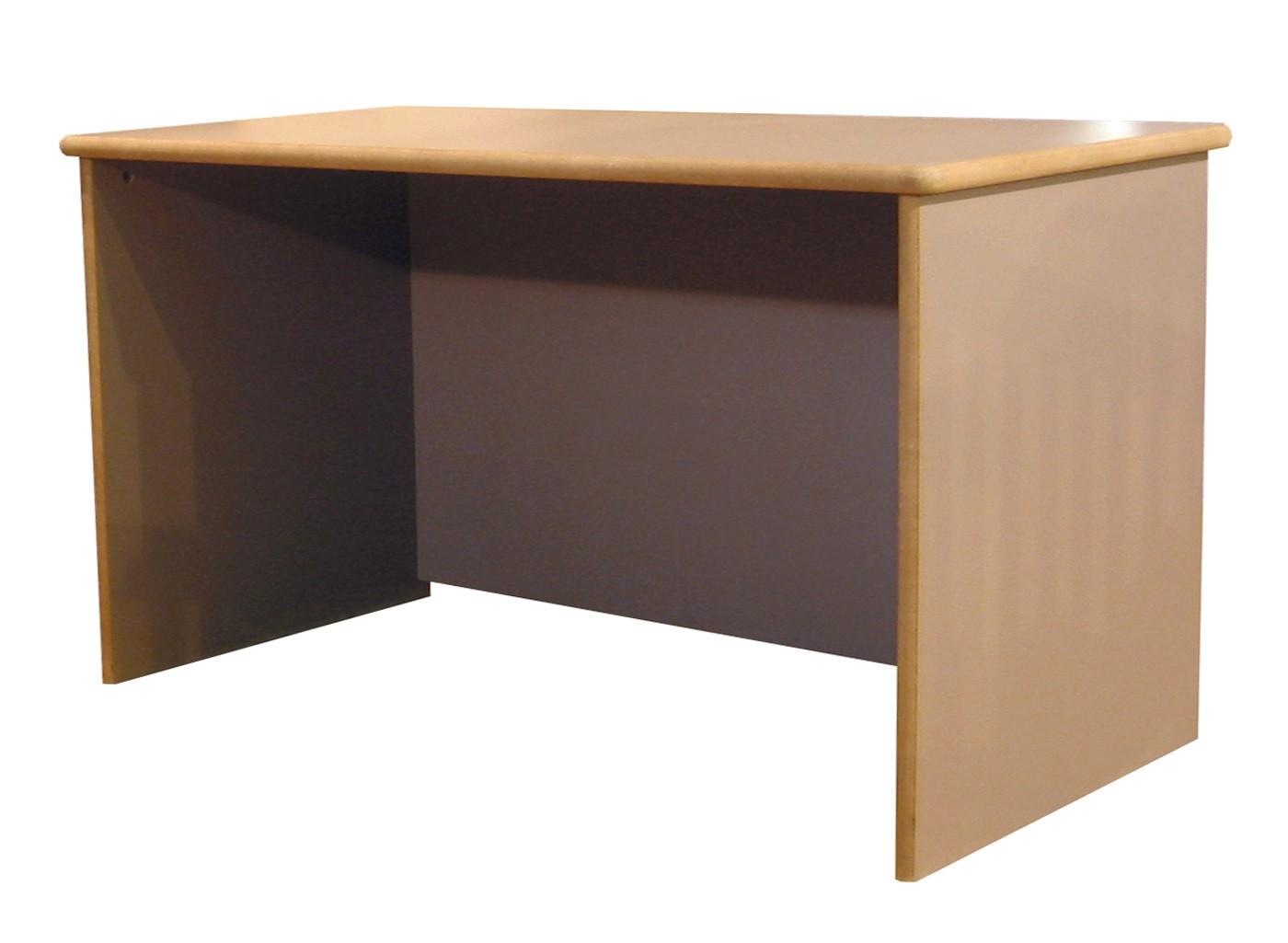 Bureau C, largeur 138 cm x hauteur 75 cm
